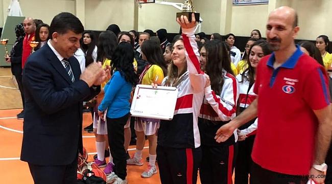 Sanko Okulları Genç Kızlar Basketbol Takımı İl Birincisi Oldu
