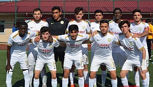 U19 TÜRKİYE ŞAMPİYONASINDA SON 4'E KALDI