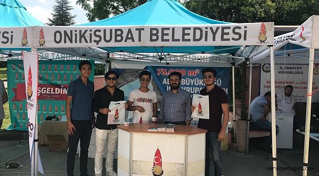 KSÜ'DE ONİKİŞUBAT BELEDİYESİ STANDI'NA YOĞUN İLGİ