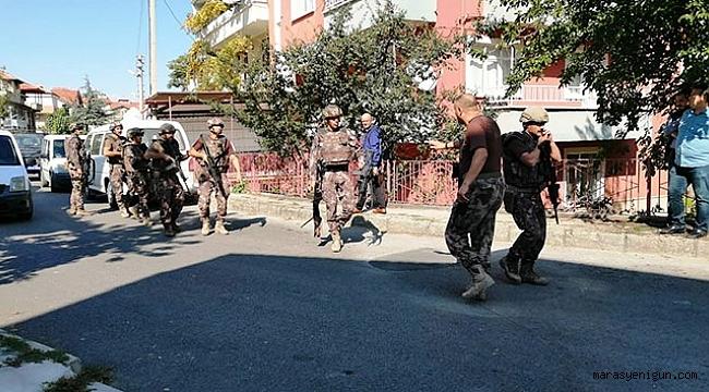 POMPALI TÜFEKLE RASTGELE ATEŞ AÇAN ŞAHIS POLİSİ ALARMA GEÇİRDİ!