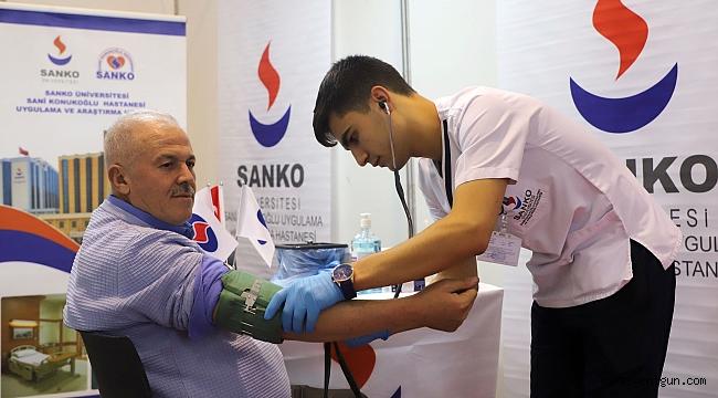Sanko Üniversitesi Hastanesi Gapshoes'ta Stant Açtı
