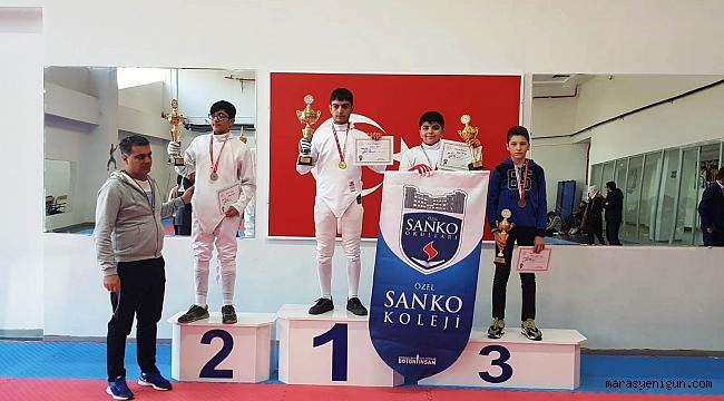 Sanko Okulları EskrimdeTürkiye Finallerine Katılacak