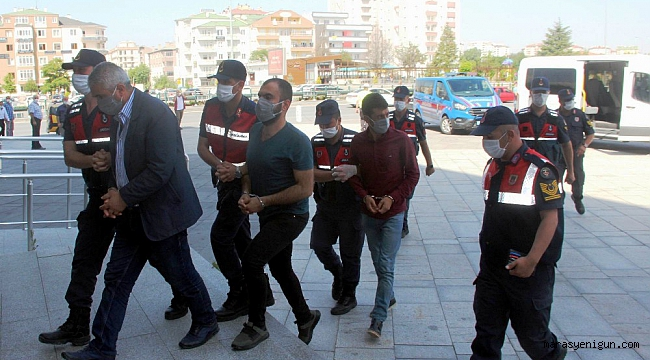 İnsan Kaçakçılarına Operasyon: 25 Gözaltı