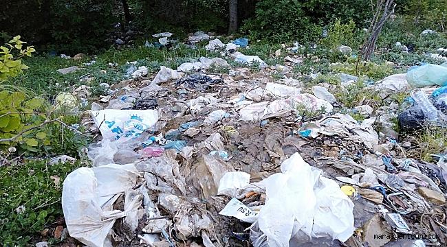Yayladaki Çeşme Çöplükten Geçilmiyor