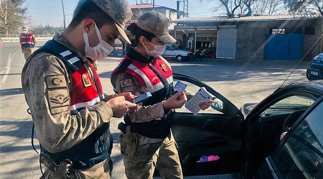 Kahramanmaraş Jandarma'dan Aile İçi Şiddete Broşürlü Uyarı