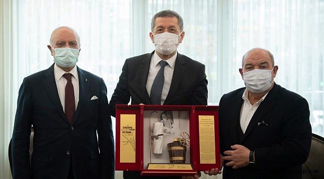 Kanbur ve Sağlam'dan Milli Eğitim Bakanı Selçuk'a ziyaret