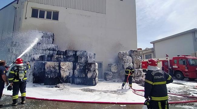 Kahramanmaraş'ta Fabrikada Yangın Korkuttu