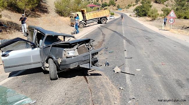 Hurdaya Dönen Otomobilden Sağ Kurtuldular