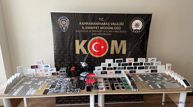 Kahramanmaraş'ta yedek parçalarla telefon yapan inşaat teknikeri yakalandı