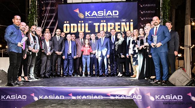 KASİAD Ödül Töreninde 13 kategoride 13 ödül sahipleriyle buluştu.