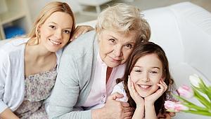 Menopoz Hastalık Değil, Kadın Yaşamının Bir Evresidir.