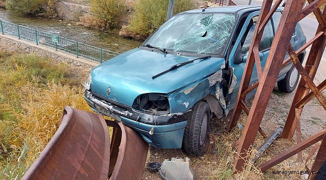 Otomobiliyle Önce Yayaya Sonra Korkuluklara Çarptı: 2 Yaralı