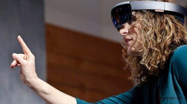 Microsoft Hololens Ön Siparişte, Fiyatı Cep Yakıyor
